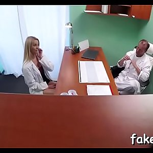 Horny doctor performs hawt fuck